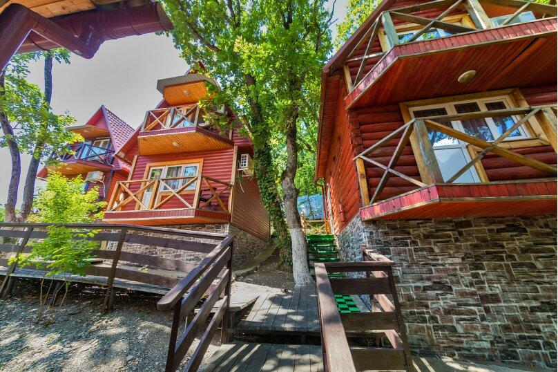 Деревянный Домик , СТ Маяк, Ольховая улица, 4, Геленджик - Фотография 1
