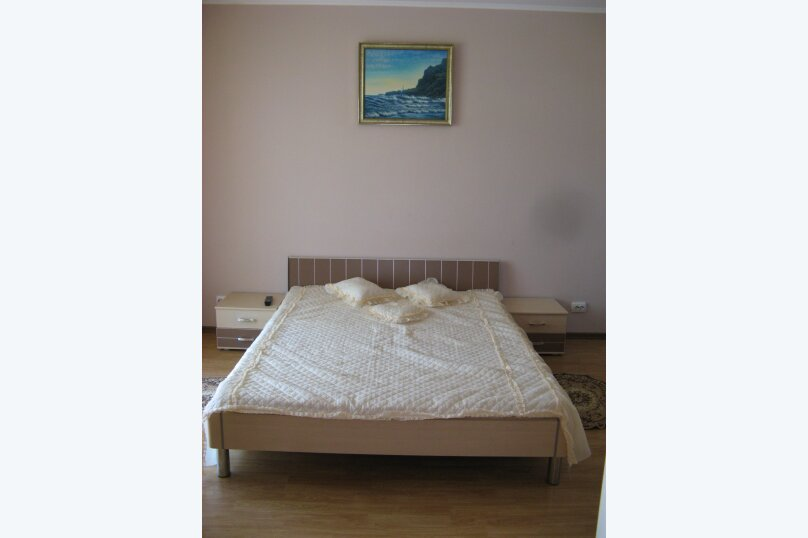 """Гостевой дом """"На Антонова 1"""", улица Антонова, 1 на 7 комнат - Фотография 19"""