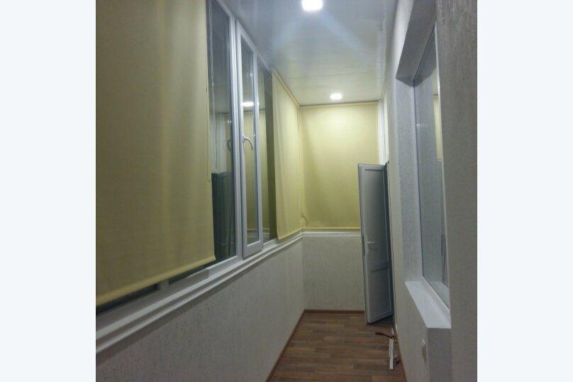 2-комн. квартира, 57 кв.м. на 6 человек, Донская улица/переулок Бокуна, 26А/33Б, Симферополь - Фотография 6