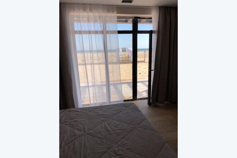 Дом, 106 кв.м. на 7 человек, 3 спальни, Азовская улица, 20, село Соляное - Фотография 2