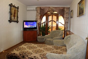 2-комн. квартира, 60 кв.м. на 4 человека, проспект Генерала Острякова, 225, Севастополь - Фотография 1