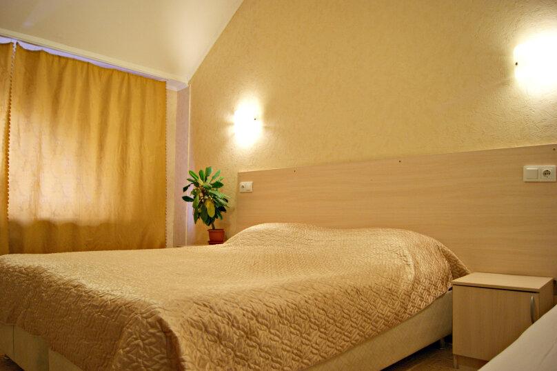 Четырехместный номер с общей ванной комнатой, Северная улица, 324Г, Краснодар - Фотография 1