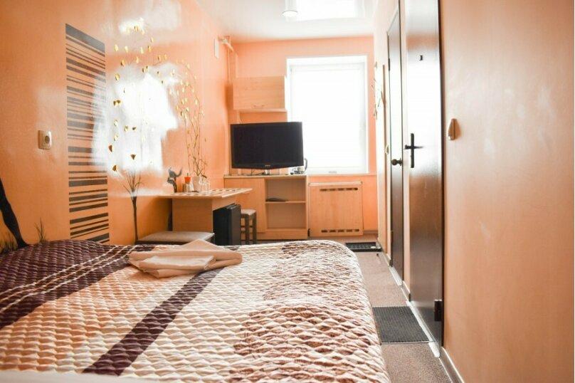 АРТ-Отель, улица Коммунистов, 32 на 10 номеров - Фотография 16