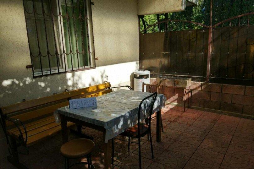 2-комн. квартира, 64.9 кв.м. на 8 человек, Октябрьская улица, 21, Алушта - Фотография 24