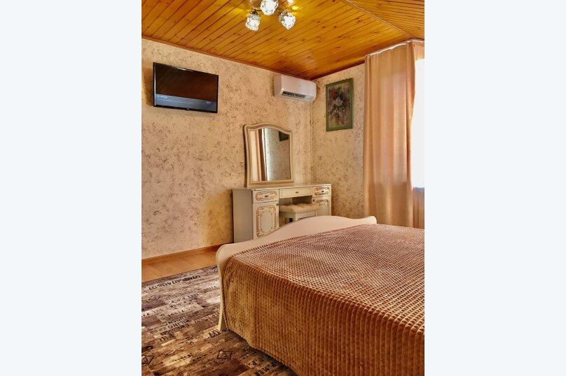 Дом на первой береговой линии, 200 кв.м. на 10 человек, 5 спален, Крымская, 83, микрорайон Мамайка, Сочи - Фотография 10