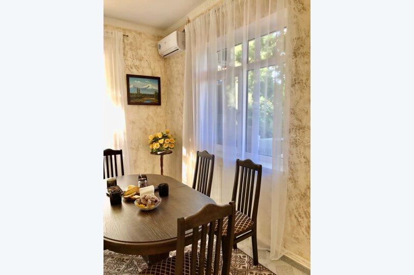 Дом на первой береговой линии, 200 кв.м. на 10 человек, 5 спален, Крымская, 83, микрорайон Мамайка, Сочи - Фотография 19