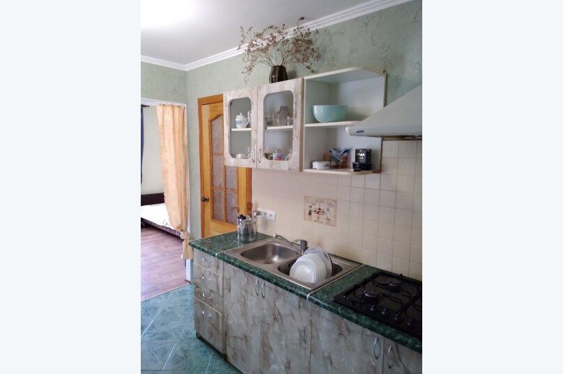 Частный дом с отдельными входами и своими кухнями, Советская улица, 30/23 на 2 комнаты - Фотография 16