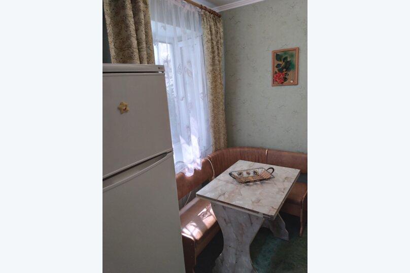 Частный дом с отдельными входами и своими кухнями, Советская улица, 30/23 на 2 комнаты - Фотография 17