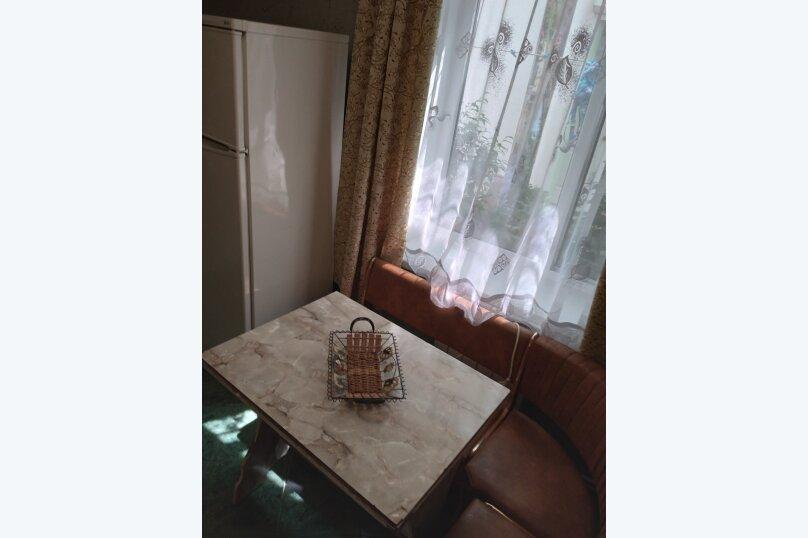 Частный дом с отдельными входами и своими кухнями, Советская улица, 30/23 на 2 комнаты - Фотография 18
