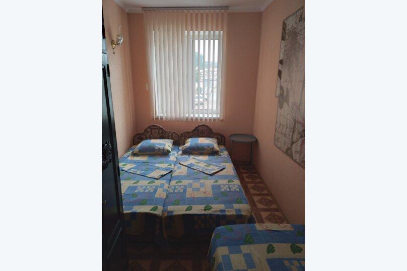 Частный дом с отдельными входами и своими кухнями, Советская улица, 30/23 на 2 комнаты - Фотография 28