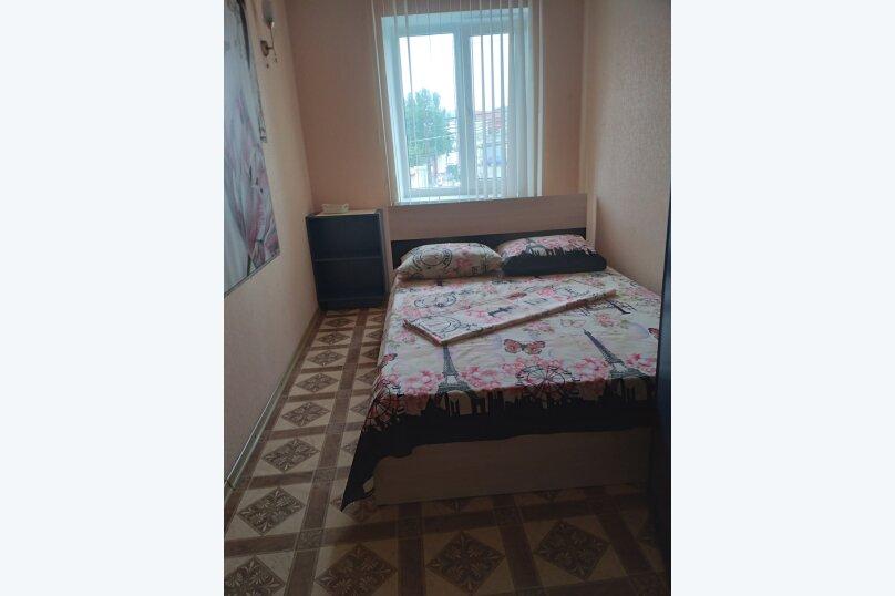 Частный дом с отдельными входами и своими кухнями, Советская улица, 30/23 на 2 комнаты - Фотография 29