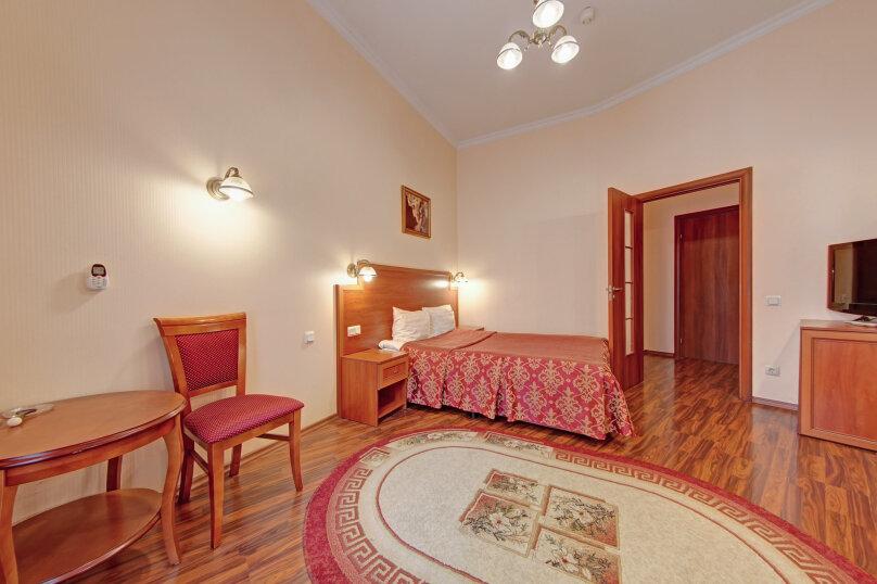 Бизнес с большой кроватью, Лиговский проспект, 21Б, метро Восстания пл., Санкт-Петербург - Фотография 1