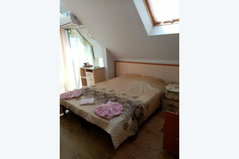 """Гостевой дом """"Три кита"""", Зеленая, 3 на 12 комнат - Фотография 17"""