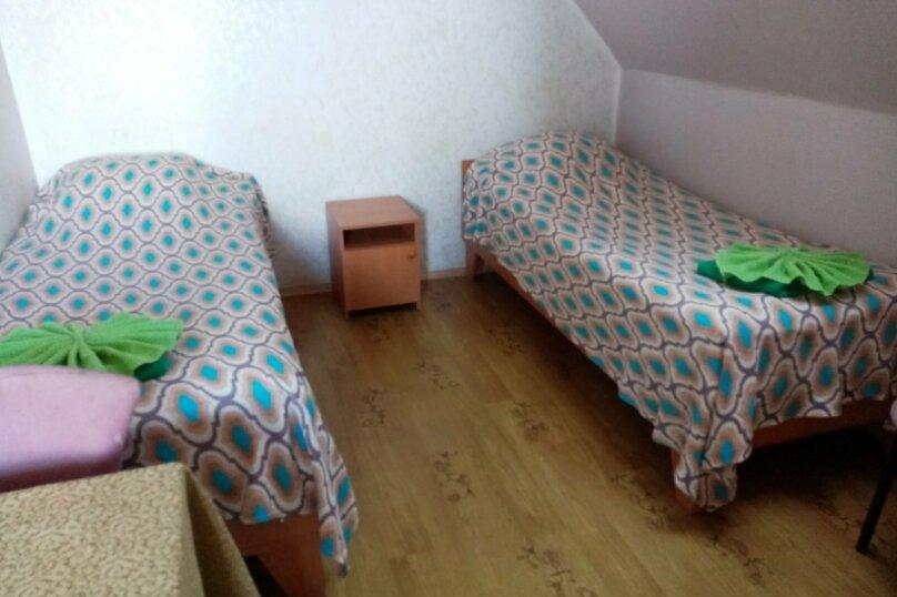 """Гостевой дом """"Три кита"""", Зеленая, 3 на 12 комнат - Фотография 18"""