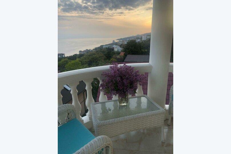 Верхний этаж дома с панорамным видом на море и отдельным входом, 133 кв.м. на 6 человек, 2 спальни, Севастопольское шоссе, 54 Е, Гаспра - Фотография 52