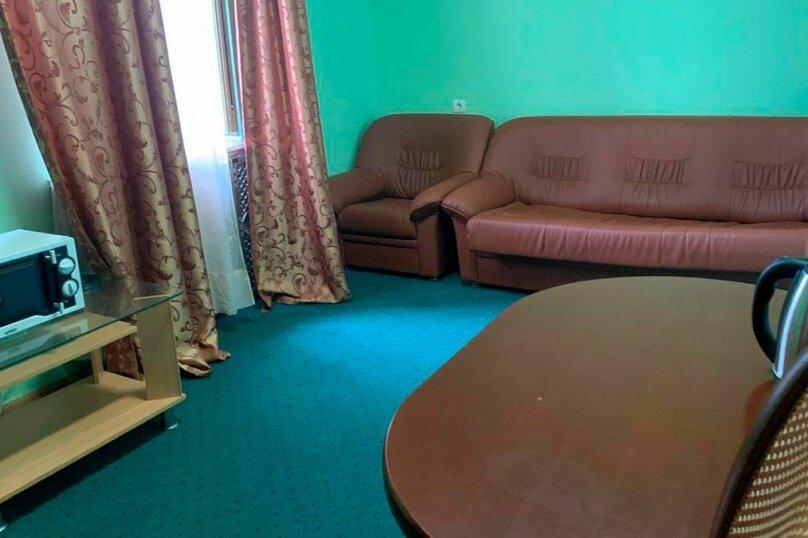Комфорт 2-х комнатный, Заневский проспект, 73, Санкт-Петербург - Фотография 2