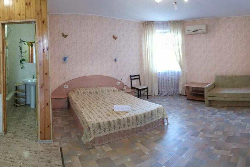 Частное домовладение на 8 человек, Октябрьская улица, 21, Алушта - Фотография 19