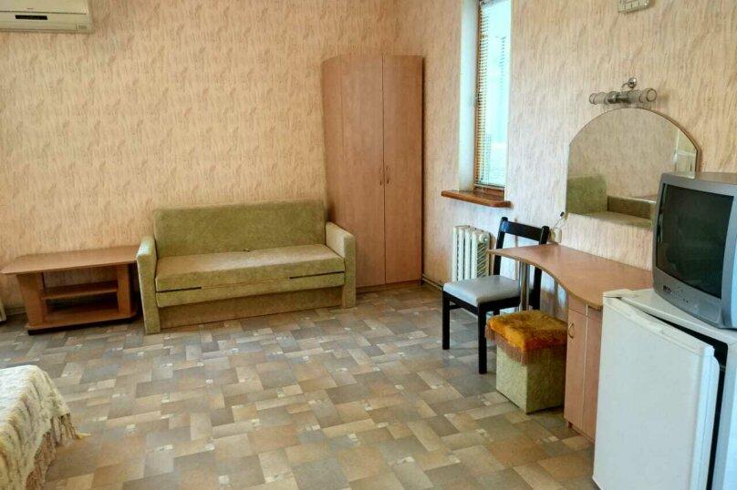 Частное домовладение на 8 человек, Октябрьская улица, 21, Алушта - Фотография 20