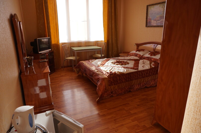 """Гостевой дом """"Лилия"""", улица Шмидта, 42 на 22 комнаты - Фотография 12"""