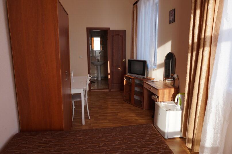 """Гостевой дом """"Лилия"""", улица Шмидта, 42 на 22 комнаты - Фотография 16"""