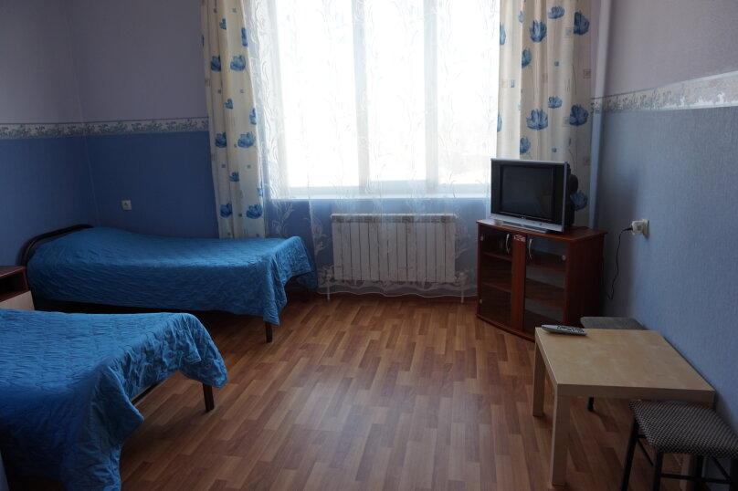 """Гостевой дом """"Лилия"""", улица Шмидта, 42 на 22 комнаты - Фотография 18"""