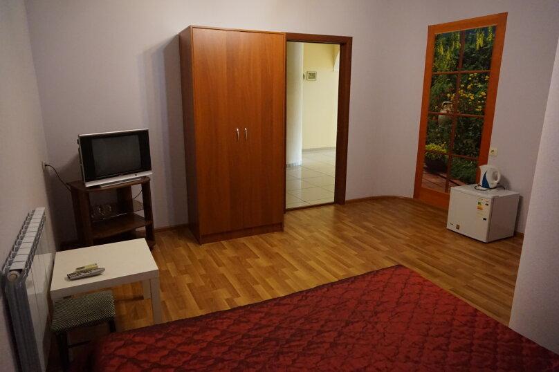 """Гостевой дом """"Лилия"""", улица Шмидта, 42 на 22 комнаты - Фотография 26"""