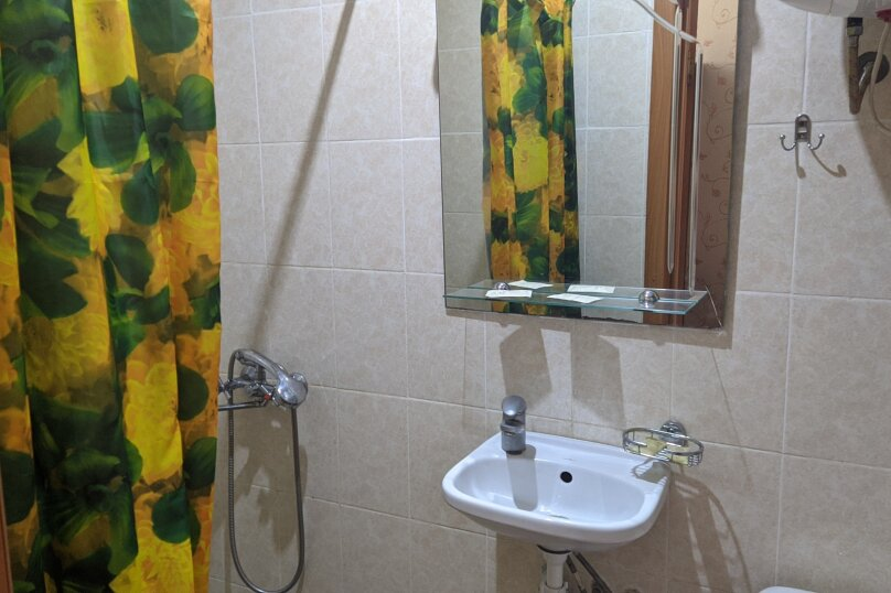 """Гостиный дом """"НАДЕЖДА"""", улица Голощапова, 3 на 18 комнат - Фотография 8"""