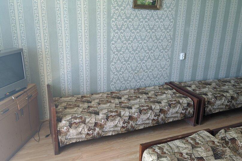 """Гостиный дом """"НАДЕЖДА"""", улица Голощапова, 3 на 18 комнат - Фотография 11"""