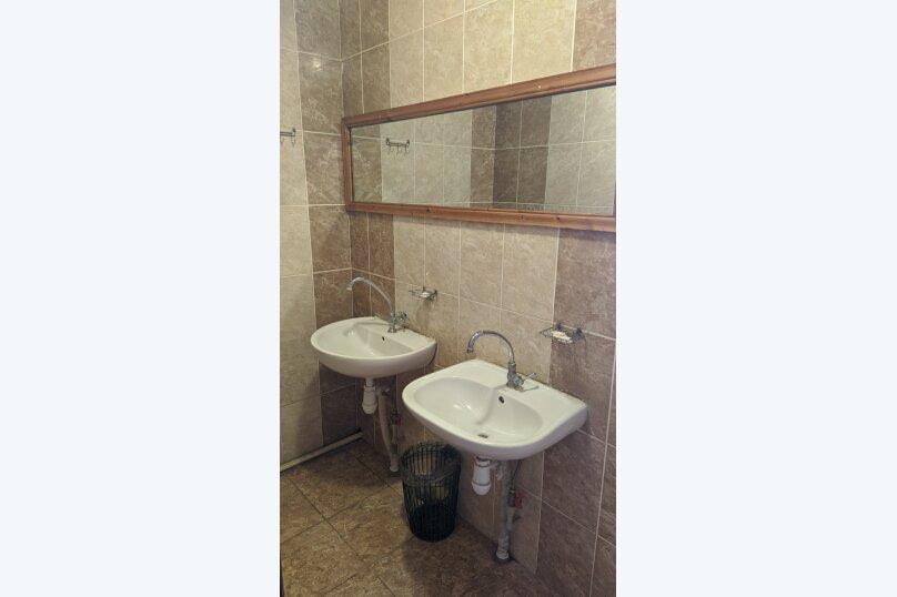"""Гостиный дом """"НАДЕЖДА"""", улица Голощапова, 3 на 18 комнат - Фотография 15"""