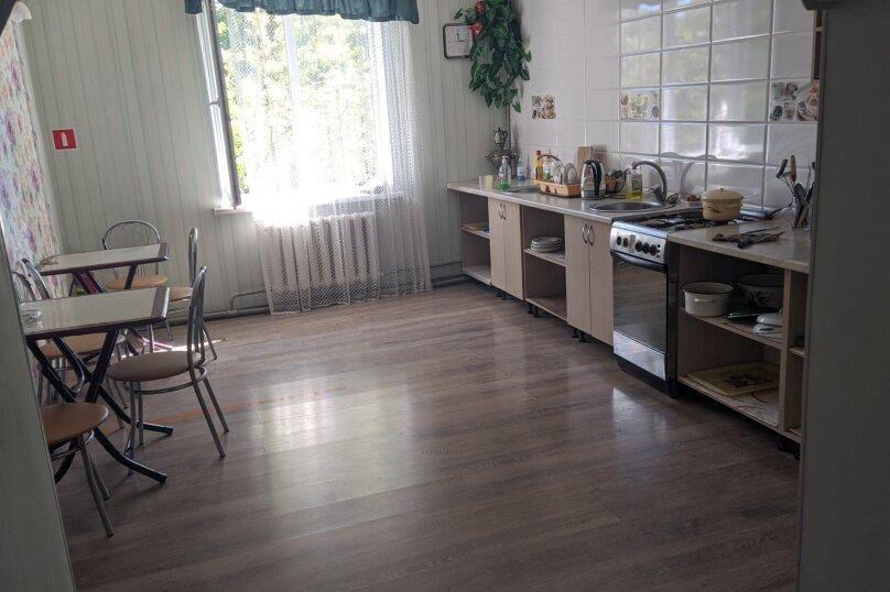 """Гостиный дом """"НАДЕЖДА"""", улица Голощапова, 3 на 18 комнат - Фотография 18"""