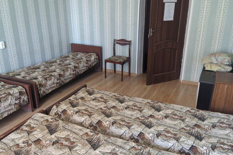 """Гостиный дом """"НАДЕЖДА"""", улица Голощапова, 3 на 18 комнат - Фотография 28"""