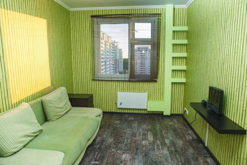2-комн. квартира, 64 кв.м. на 7 человек, микрорайон Катюшки, Лобненский бульвар, 5, Лобня - Фотография 2