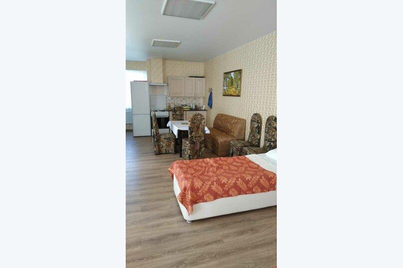 Кровать в общественном бюджетном номере №12, Советская улица, 68, Павловская - Фотография 1