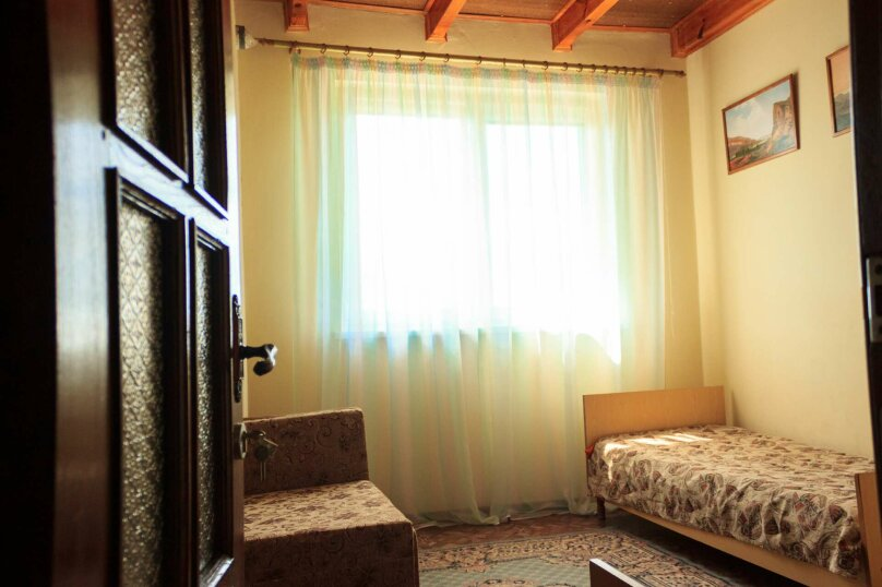 """Вилла """"Виола"""" на 15 человек, 5 спален, СНТ Чайка-3, Морская, 18-19, Севастополь - Фотография 9"""