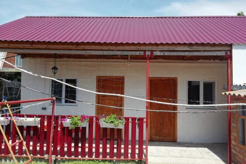 Дом, 50 кв.м. на 5 человек, 2 спальни, улица Чапаева, 105, Должанская - Фотография 1