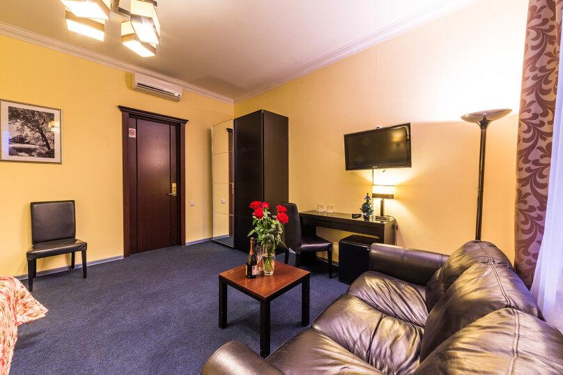 Комфортный двухместный номер с 1 двуспальной или 2 раздельными кроватями, улица Восстания, 13, Санкт-Петербург - Фотография 12