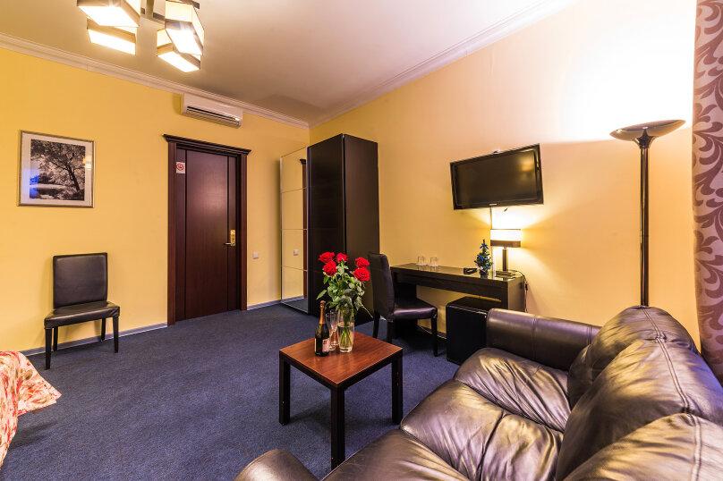 Комфортный двухместный номер с 1 двуспальной или 2 раздельными кроватями, улица Восстания, 13, Санкт-Петербург - Фотография 13
