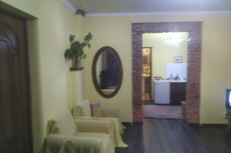 Этаж в частном доме (первый этаж), улица Джонуа, 60 на 1 комнату - Фотография 4