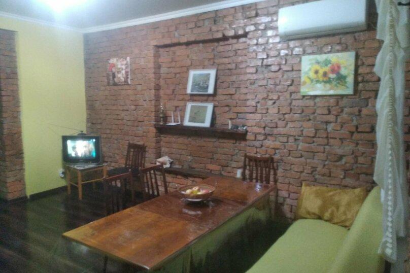 Этаж в частном доме (первый этаж), улица Джонуа, 60 на 1 комнату - Фотография 10