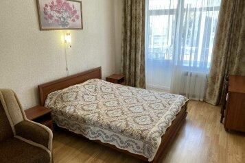 2-комн. квартира, 60 кв.м. на 5 человек, Маратовская улица, 1А, Гаспра - Фотография 1