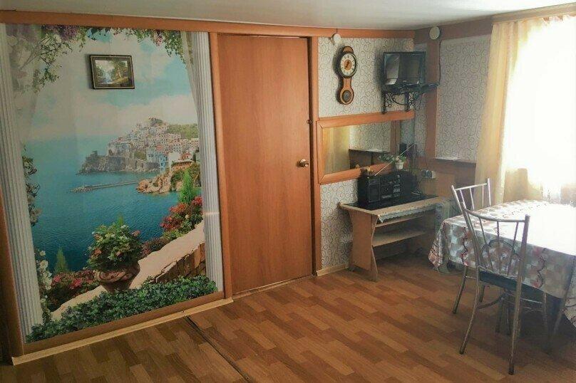 Гостевой дом для семейного отдыха, Российская улица, 4 на 5 комнат - Фотография 15