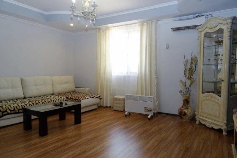 2-комн. квартира, 72 кв.м. на 4 человека, улица Абазгаа, 61, Гагра - Фотография 13