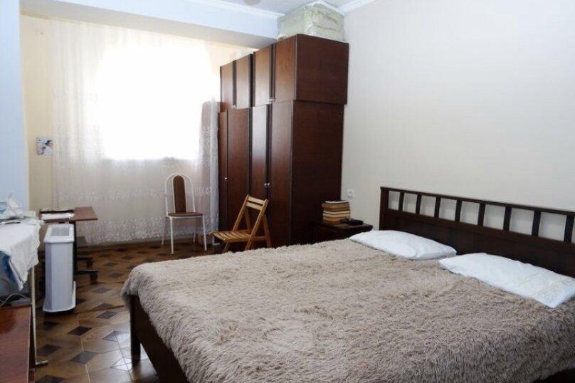 2-комн. квартира, 72 кв.м. на 4 человека, улица Абазгаа, 61, Гагра - Фотография 14