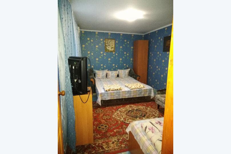 Номера со своей кухней, Агафонова, 72, Черноморское - Фотография 1