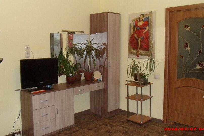 Пол дома с отдельным входом для 1-3 человек, 44 кв.м. на 3 человека, 1 спальня, улица Павленко, 43А, Красногвардейск - Фотография 4