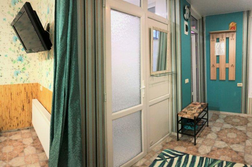 1-комн. квартира, 32 кв.м. на 3 человека, улица 14 Апреля, 19, Уютное, Судак - Фотография 20