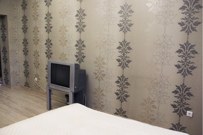 1-комн. квартира, 47 кв.м. на 4 человека, улица Адоратского, 1, Казань - Фотография 3