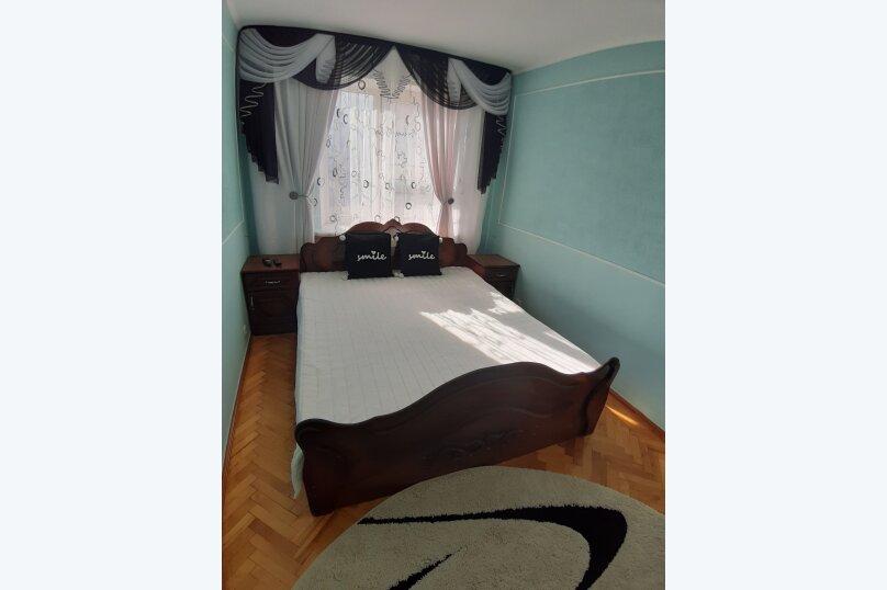 2-комн. квартира, 68 кв.м. на 5 человек, Первомайская улица, 193, Ейск - Фотография 1