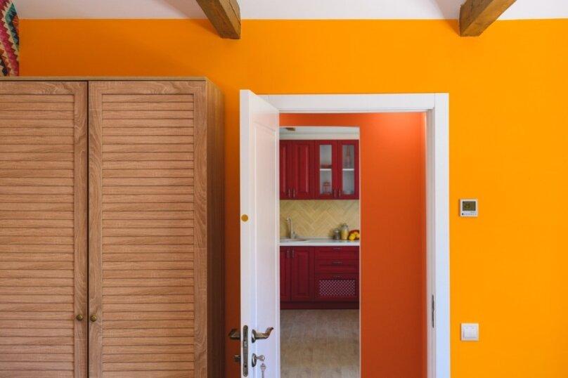 Апартаменты с кухней и залом, улица Карла Маркса, 3А на 1 номер - Фотография 3