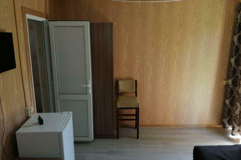 """Гостевой дом """"На Уютной 10"""", Уютная улица, 10 на 11 комнат - Фотография 37"""